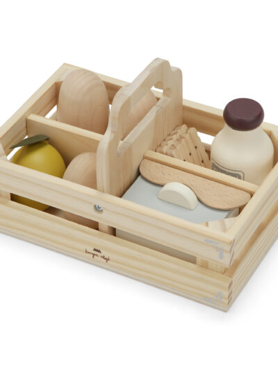 Kitchen Essentials Food Box 4